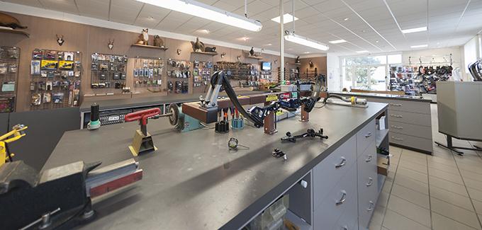 Boutique Erhart Sports - Acheter un arc traditionnel, arc classique, arc sportif ou arc de chasse